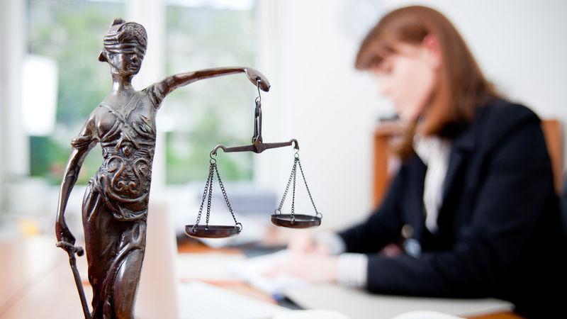 Как найти хорошую бесплатную юридическую консультацию по семейным делам очно