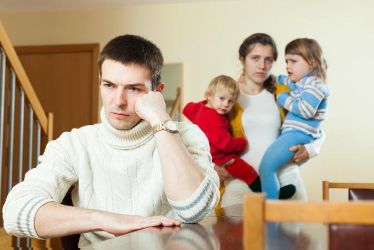 Как пережить развод с двумя детьми