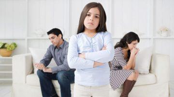 Как сказать ребенку о разводе: совет психолога