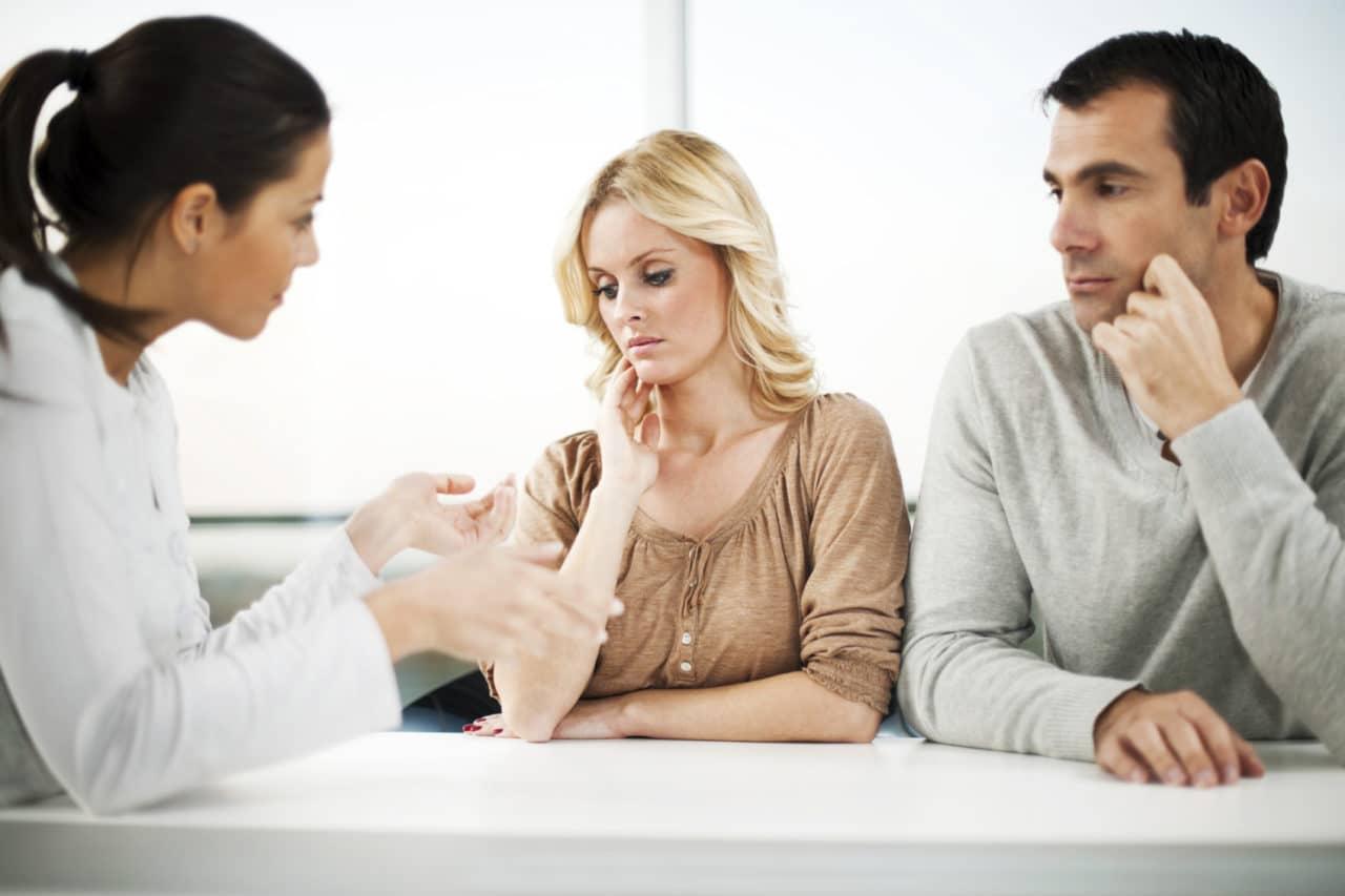 Особенности помощи женщинам